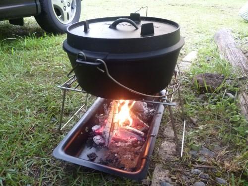 三ツ星キャンプ場③ダッチオーブンで豚のコーラ煮!